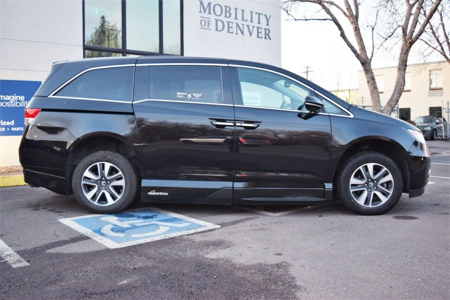 Pre-Owned 2016 Honda Odyssey Touring Elite VMI NorthStar Side Entry