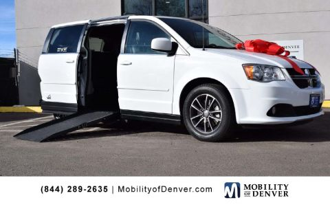 Pre-Owned 2017 Dodge Grand Caravan SXT VMI APEX